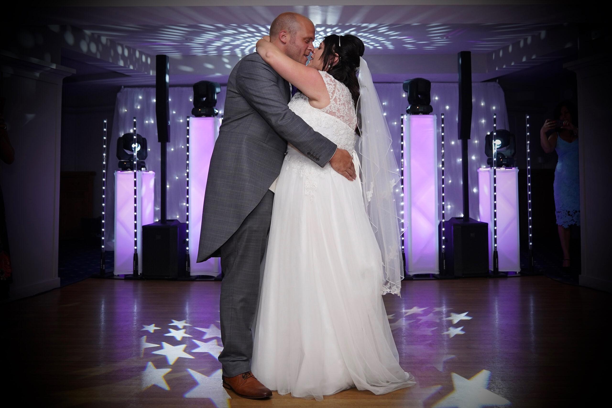 Wedding Reception First Dance, Cooden Beach Hotel, Bexhill